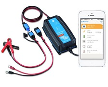 VICTRON Blue Smart chargeur 12V / 15A